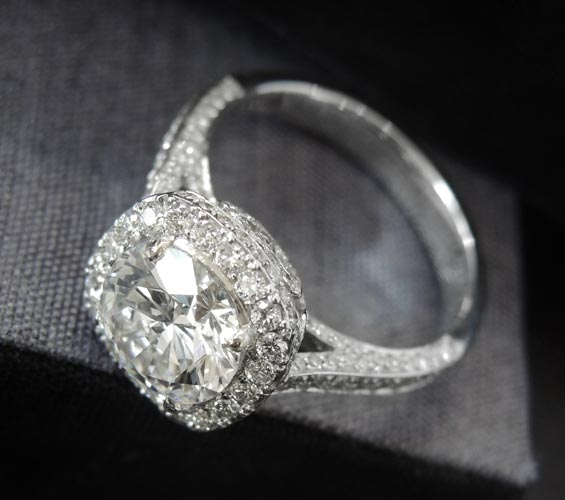 Engagement Rings at Diamond World